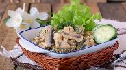 Фото рецепта Курица с грибами в мультиварке