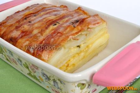 Пирог хорошо вынимается и не прилипает к форме. Блюдо очень сытное, вполне заменит полноценный обед. Приятного аппетита!