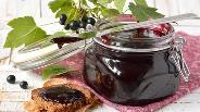 Фото рецепта Желе из чёрной смородины
