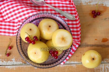Фото рецепта Консервированные яблоки