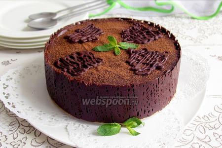 Фото рецепта Шоколадный торт без выпечки