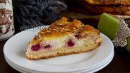 Фото рецепта Пирог с вишней и творогом