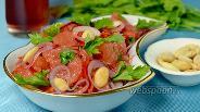 Фото рецепта Салат с грейпфрутом и красным луком