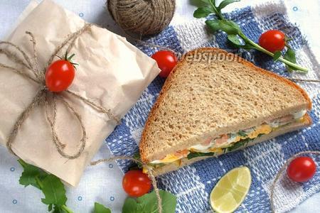 Сэндвич с креветками и кабачками