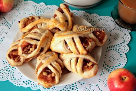 Фото рецепта Слойки с яблоками