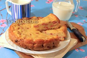 Заливной пирог с сыром и сосисками в мультиварке