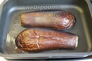 И испечь в нагретой духовке до мягкости (минут 15-20 при температуре 180-200°C).