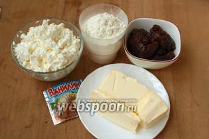 Для приготовления печенья нам понадобится мягкий творог, лучше домашний, мука, сливочное масло, густое повидло или джем и ванилин.
