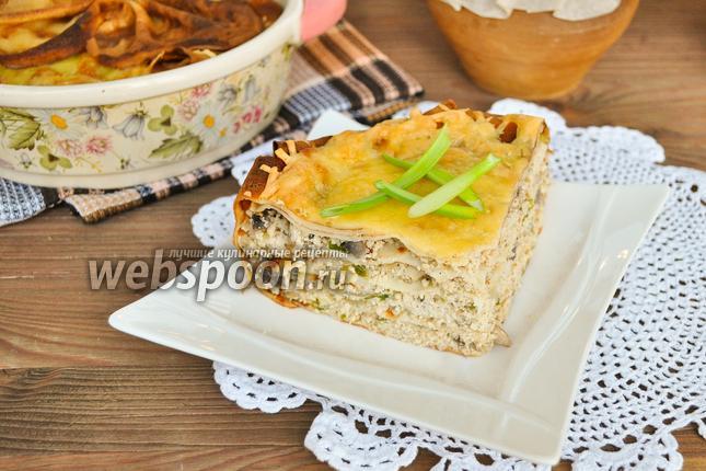 Фото Блинный пирог с курицей и индейкой