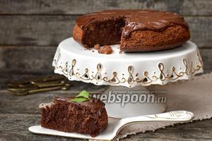 Шоколадный кекс с изюмом в мультиварке