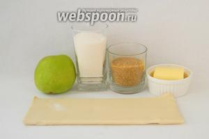 Для приготовления тарта татин возьмём яблоки гренни смит, сахар, сахар коричневый, масло сливочное, ванильную эссенцию.