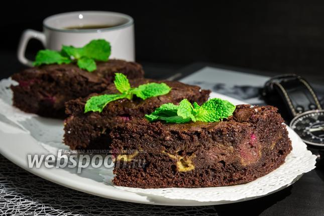 Фото Шоколадный пирог с малиной и маскарпоне