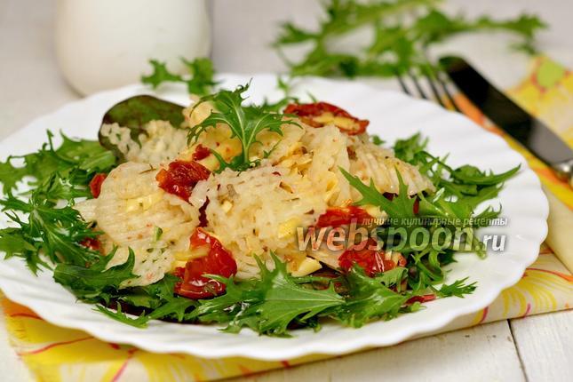 Фото Салат из дайкона с помидорами конфи