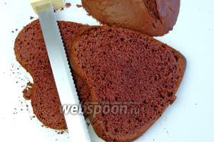 Разрежем пирог на 3 одинаковые части.
