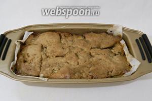 Даём террину остыть, накрываем пергаментом или пищевой плёнкой и отправляем в холод на 2 суток.