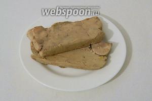 Через указанное время террин можно подавать холодным с поджаренными тостами. Приятного аппетита!