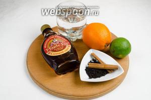 Чтобы приготовить чай, нужно взять кленовый сироп, ром (коньяк), чай чёрный, воду, корицу, мяту.