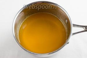 Порошок готового желе залить водой 250 мл. Приготовить желе согласно инструкции. (Можно использовать просто желатин).