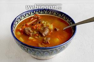 Суп готов. Подают его сдобрив сметаной, зеленью и чесноком. Приятного аппетита!