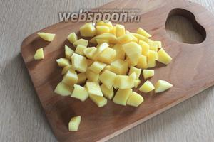 Картофель почистить, порезать.