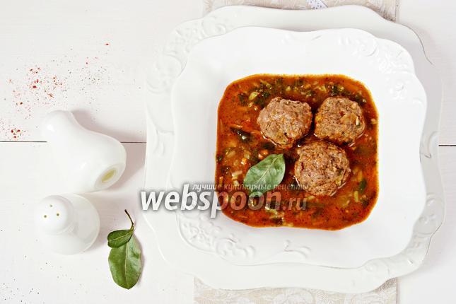 Фото Суп с мясными фрикадельками, нутом и шпинатом
