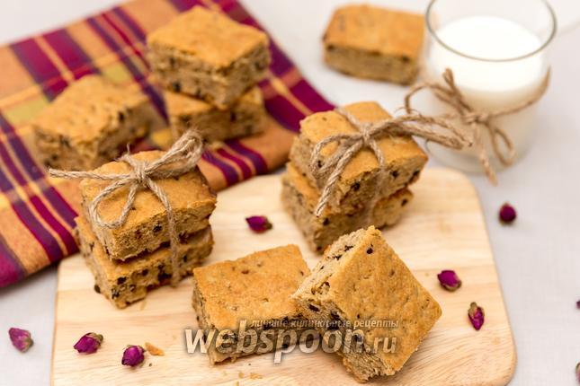 Рецепт Нарезной арахисовый пирог с орехами и шоколадом