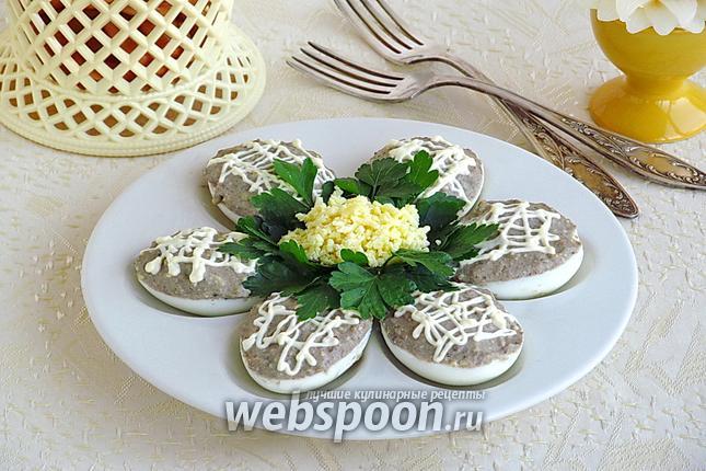 Фото Яйца фаршированные шпротами