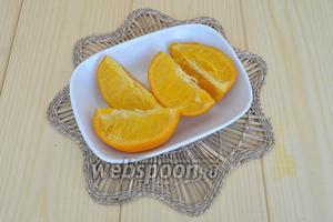 Отваренный апельсин остудить.
