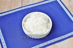 Рис отварить до готовности.