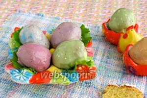 Разноцветные фаршированные яйца