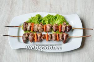 Готовим в духовом шкафу при 180 °C 30-35 минут и подаём на стол горяченькими, можно украсить блюдо зеленью и овощами дополнительно. Приятного аппетита!