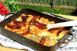 Картофельный гратен с рёбрышками и беконом
