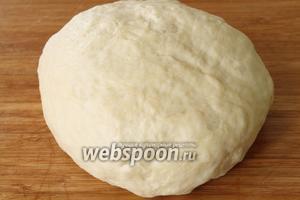 Поставить тесто в тёплое место на 40-50 минут для подхода.