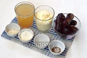 Для приготовления польского борща нам понадобится свёкла, мясной бульон, сметана, сахар, соль, мука, тмин, лавровый лист, вода.