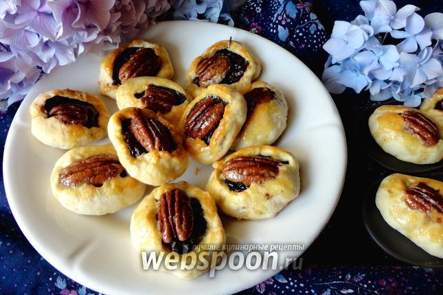 Фото Печенье с черносливом и орехами пекан