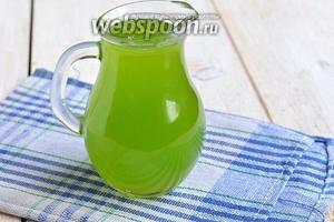 Налить в кувшин настой и добавить сильногазированную воду. Лимонад готов.