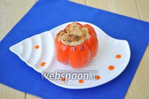 Подавать горячим. Холодным это блюдо очень привлекательно и вкусно с капелькой острого соуса.