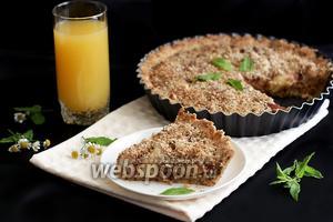 Миндальный пирог с нектаринами