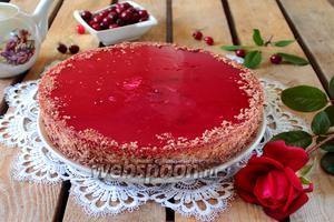 Торт «Вишнёвый сюрприз»