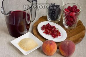 Подготовить ягоды, персики, желатин. Также потребуется 500 мл готового компота.