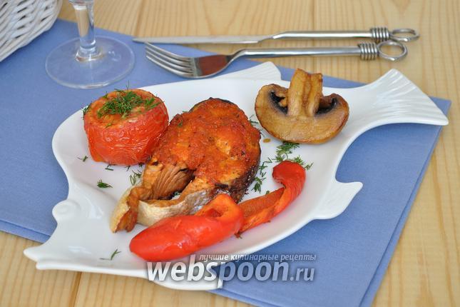 Фото Рыба гриль под соусом маринара с запечёнными овощами
