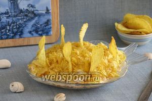 Салат «Парус» с чипсами