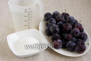 Подготовить продукты: сливы, сахар и воду.