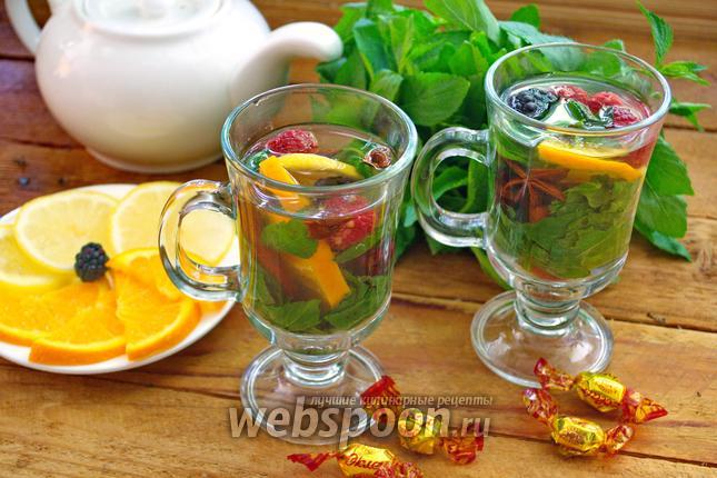 Фото Деревенский чай с ягодами