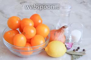 Для приготовления жёлтого томатного соуса нам понадобятся зрелые жёлтые томаты, лук репчатый, чеснок (у меня 1 крупный зубок), сок лимона, соль, сахар, лист лавровый, перец душистый горошек.