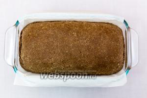 Хлеб готов.  Минут 10-15 остудим в форме, затем вынимаем и остужаем на решётке.  Приятного аппетита!