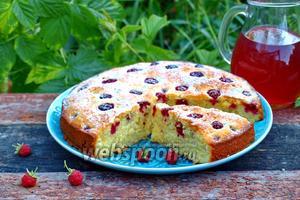Сметанный пирог с малиной