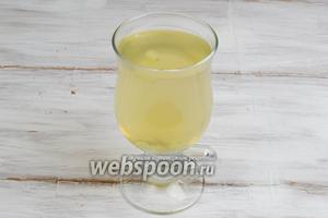 Напиток готов. Его можно подать горячим или холодным со льдом в жаркий день.