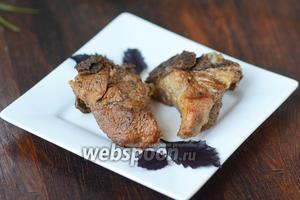 Свиные рёбрышки готовы, пробуйте и наслаждайтесь вкусом! Приятного аппетита!