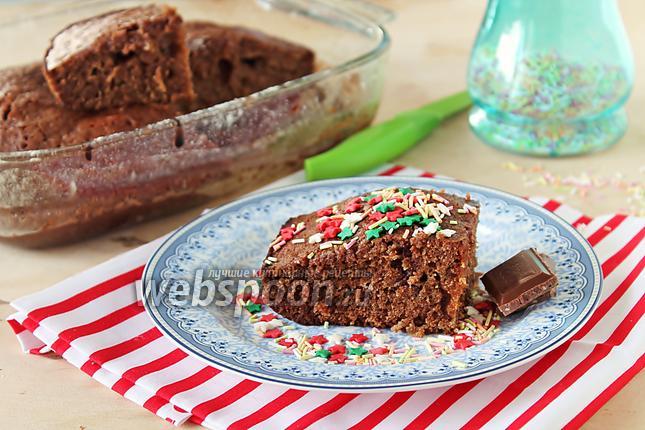 Фото Шоколадный кекс с молочной заливкой